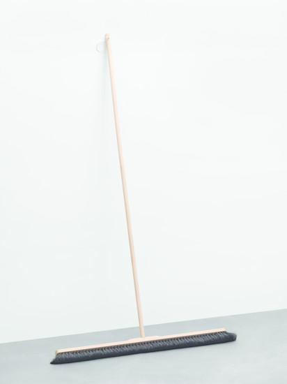 Maria Eichhorn: «Zwölf Arbeiten / Twelve Works (1988–2018)»