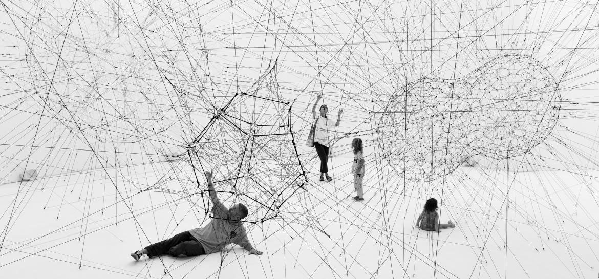 Carte Blanche à Tomás Saraceno: ON AIR